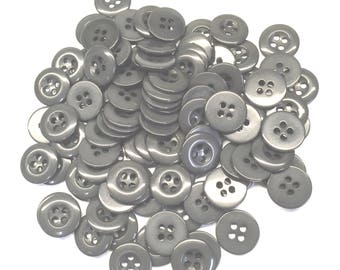 "Grey Urea Buttons, 24 Ligne, 5/8"" (15 mm) - Pack of 100"