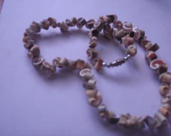 shell vintage barrel clasp necklace
