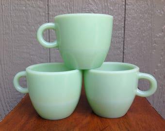 Set of 3 Vintage Jadeite Mugs