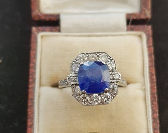 Natural old Sapphire 2cts diamond ring on 18K white gold