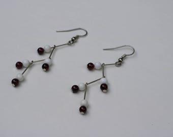 Garnet and Agate Zig Earrings