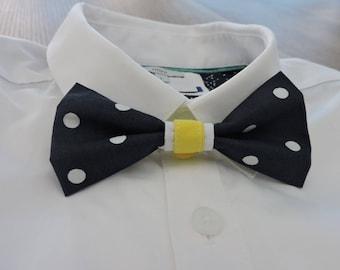Bow tie double Navy polka dot white