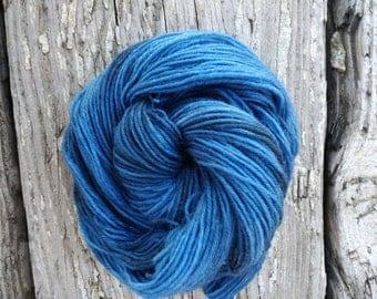 Dulcinea Sock yarn - Handdyed Fingering wool/nylon 50g skein DYED TO ORDER - tonal semi solid knitting laine teinte tricot