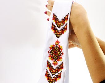 Beaded tie with ornament female white elegant accessory satin hand-embroidered pattern beadwork embroidery bead art Ukrainian Ukraine