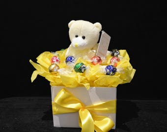Neutral Baby Gift