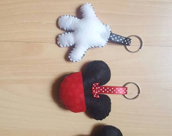 Keychains & magnets handmade felt mickie mouse and minnie.