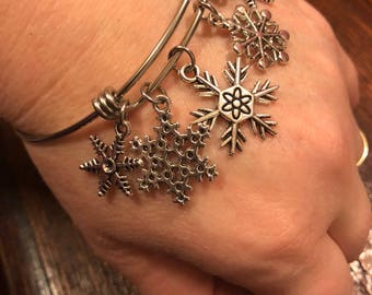 Snowflakes Bangle Bracelet - Stainless Steel