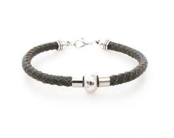 Men's/boy's braided leather bracelet