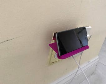 Outlet Shelf for Iphone
