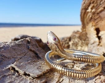 Vintage 9 Carat Gold Coiled Snake Bangle