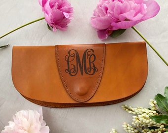 Handcrafted Genuine Leather Purse With Monogram - Mothers Day Gift Leather Purse - Monogram Leather Clutch - Bridesmaids Gifts Purses