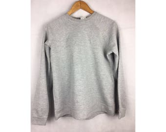 HEAD Sweatshirt Grey Colour Medium Size Sweatshirt with small Embroidered Logo