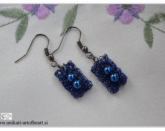 Crochet Wire Earrings / Blue Earrings / Dangle Earrings / Leightweight Earrings / Fashion Earrings / Beaded Earrings / Prom Earrings / Gift