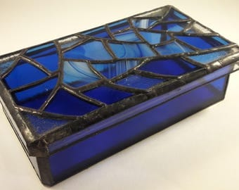BOX - stained glass - blue