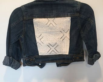 Child's Distressed Denim Jacket with Mudcloth Back {S/P 6-6X}