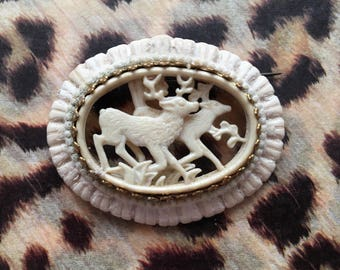 Beautiful carved stag deer brooch