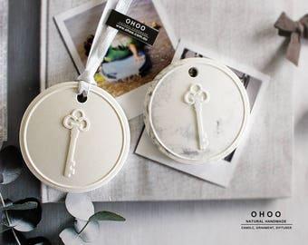 key Ornament | car air freshener | plaster air freshener | car interior | car accessory | car fragrance | car scent