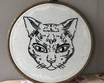 Cat embroidery hoop