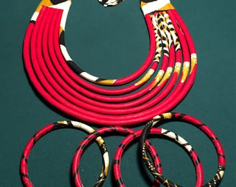 """Finery """"special mother"""" necklace and bracelets in red wax for women."""