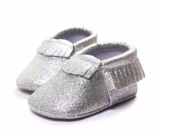 Silver Glitter Moccasins,Silver Baby Moccasins, Baby Girls Shoes, Silver Baby Shoes, Baby Shoes, Newborn Mocassins, Baby Mocassins