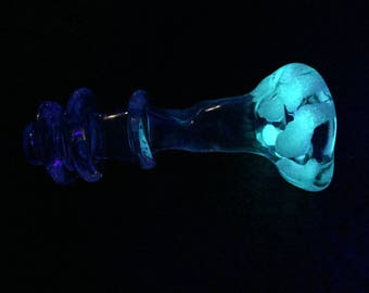 3 for 20, 2 for 15, or 1 for 8 Glow in the Dark Aqua Glow and Pink Lucy U.V. Reactive Chillum Bat One Hitter Onie Pipe