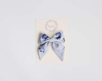 Large sailor | blue floral