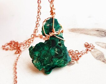 Raw Malachite Pendant Malachite Necklace Green Gemstone Necklace Anniversary Wife Gift For Sister Gemstone Necklace For Mom Chakra Necklace