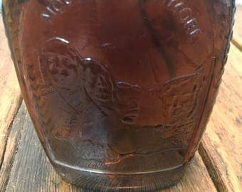 Vintage Log Cabin Mt. Rushmore Collectible Syrup Bottle