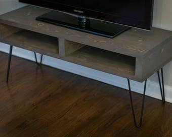 Pallet Inspired TV Stand Entertainment Center Media Console - Modern Rustic Mid Century - Weathered Pine
