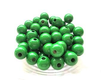 50 wooden pacifier clip 8mm - Green beads