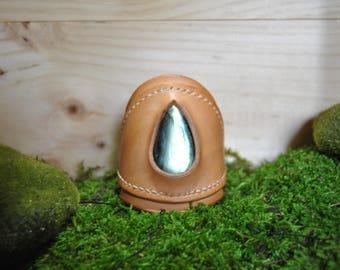 Adjustable bracelet, leather, natural labradorite, hand-stitched