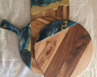 Resin detailed chopping board