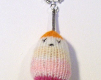 Keychain representative knitting a large colorful water drop