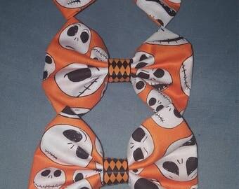 Jack faces with orange background medium hair bow