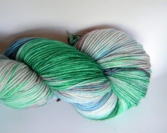 Frosted Windowpanes 4 ply sock yarn