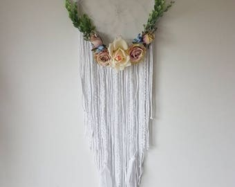 Big dream catcher, large dream catcher, wedding dreamcatcher, dream catcher, nursery dream catcher, Floral dream catcher, wall hanging