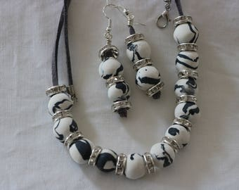 Original Polymer Clay Elegant  Necklace with Earrings Beads .