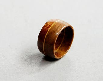 "Ring ""Spica"" in walnut and mahogany-12 mm wide"