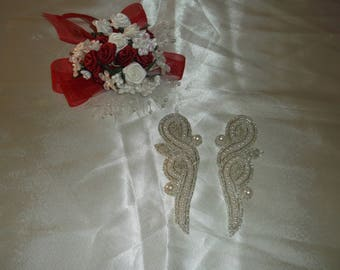 Silver/Pearl Beaded Sew On Pieces