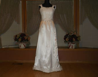 White Rhinestone Beaded A-Line Lace Wedding Gown