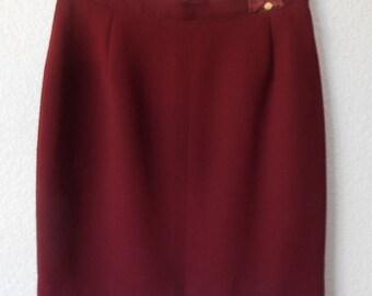 San Louis Paris women's burgundy skirt size 14