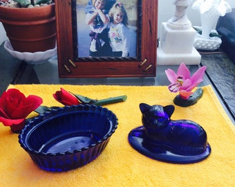 Vintage Cobalt Blue Glass Kitty Cat Sitting on Basket 2 Piece Candy Dish