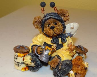 Boyds Bears, Bearstone Collection, Style #227718 Bumble B. Bee...Sweeter than Honey