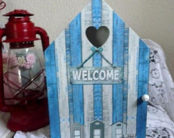 """Welcome"" seaside atmosphere key cabinet"