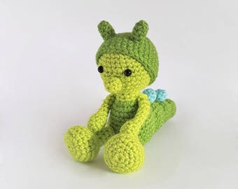 Amigurumi Caterpillar : Amigurumi caterpillar pattern: pattern bug rattles butterfly bee and