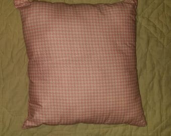 Stuffed Pink Pattern Throw Pillow
