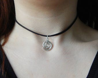 Choker Necklace with spiral pendant