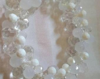 Beaded bracelet clear n white
