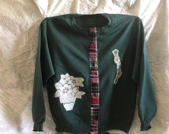 Heather green sweatshirt with lace applique