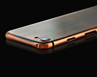 iPhone 7 Bronze Color with Black Lines